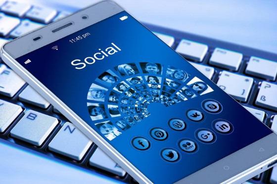 social_media_1resize_226930.jpg